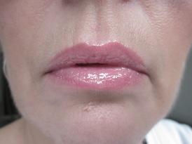 Sleek lipgloss