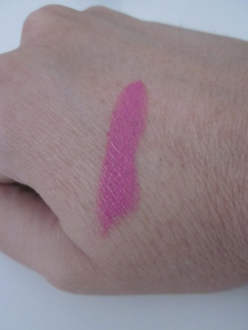 Sleek Fuchsia lipstick