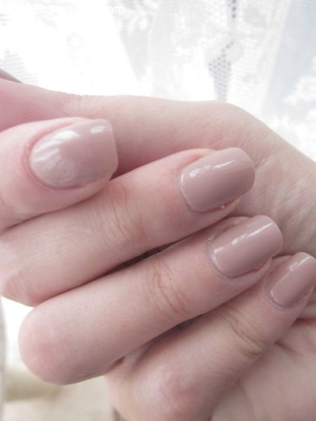 OPI nagellak tickle my France ann ages gracefully