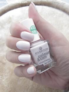 Essence Colour & Care