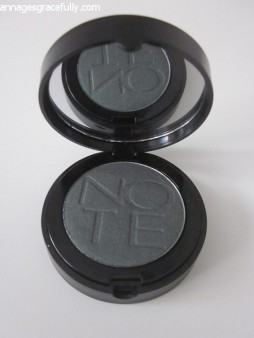 Note Mono eyeshadow 11
