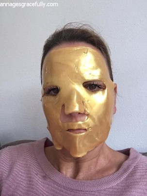 gold-mask-2