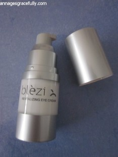Blezi revitalizing eye cream