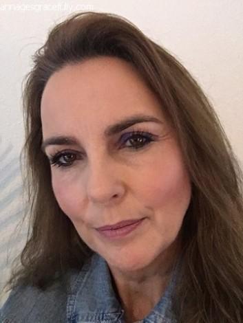Blezi make-up