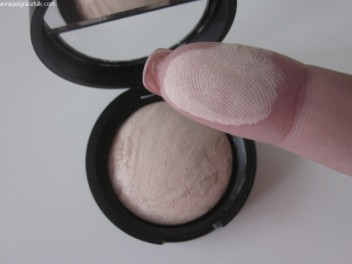 Laura Gellar powder foundation