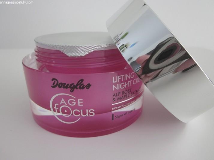 Douglas Age Focus