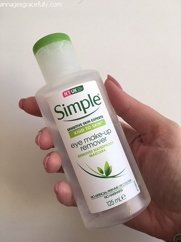 Simple eye make-up remover