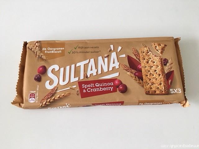 Sultana spelt quinoa cranberry
