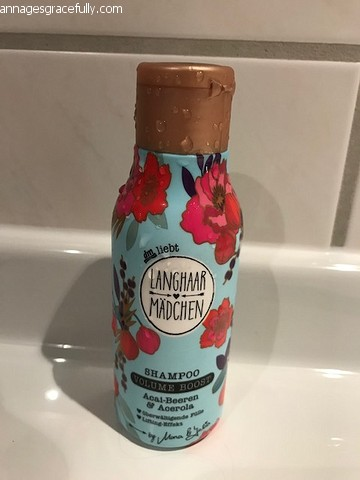 Langhaar Madchen volume boost shampoo