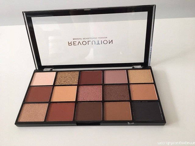 Velvet Rose palette Revolution